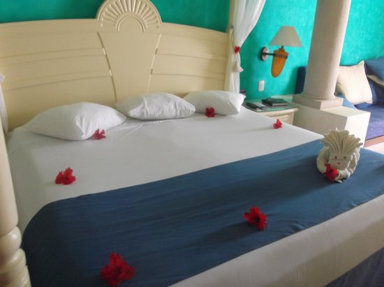 Luxury Bahia Principe Akumal Don Pablo Collection: Room 6606