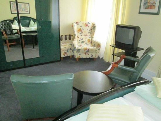 Hotel zum Schwan: Wohnbereich