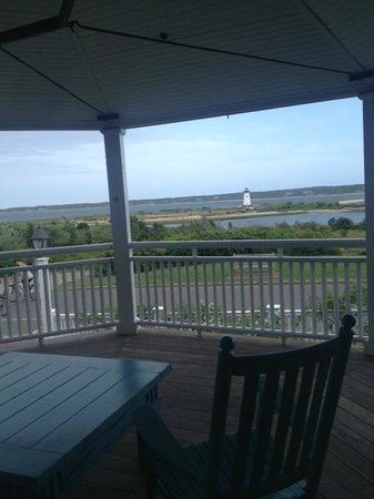 Harbor View Hotel: beautiful view from hotel covered porch