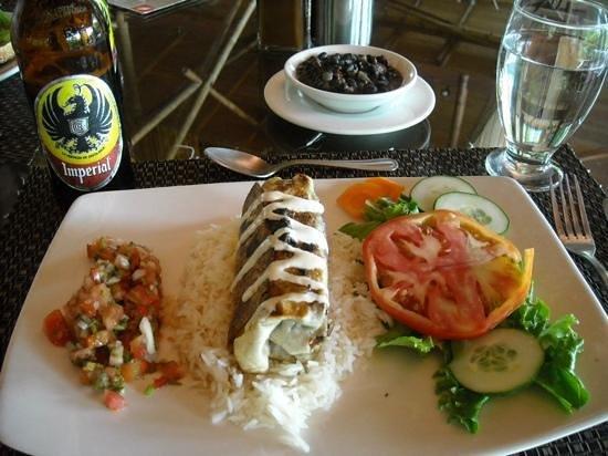 El Remanso Lodge : Osa Burrito lunch is yummy!