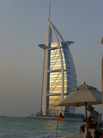 Jumeirah Dar Al Masyaf at Madinat Jumeirah : Nice view of Burj sunset