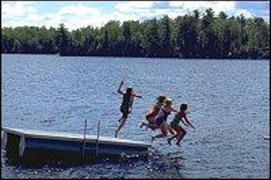 Deer Ridge Resort : Lake Fun