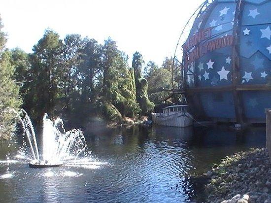 Disney Springs: Downtown Disney Near Planet Hollywood Globe