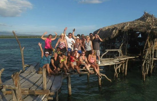 Dudley's Big Ship Taxi and Tours : Our group at Floyd's Pelican Bar