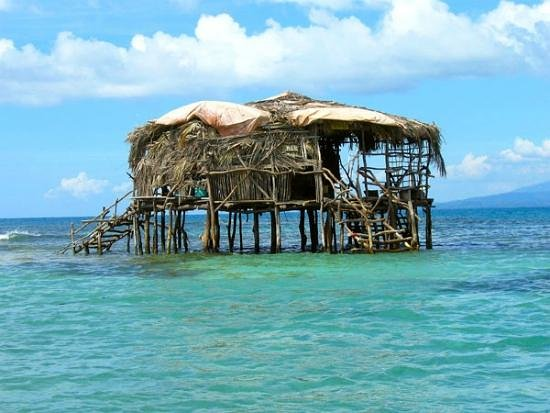 Dudley's Big Ship Taxi and Tours : Floyd's Pelican Bar - South Coast Jamaica