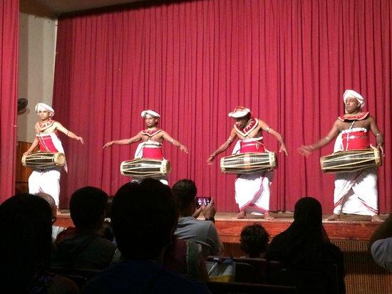 Kandyan Dance Performance: Drummers