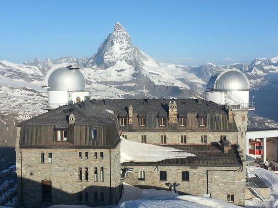 3100 Kulmhotel Gornergrat: Aussicht vom Gipfel bei Sonnenaufgang