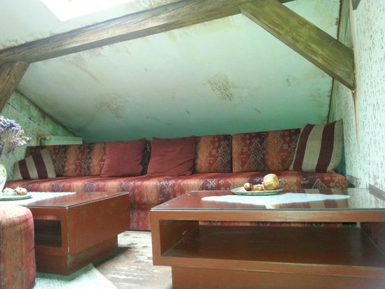 Cajdzinica Dzirlo-Tea House: Upstair