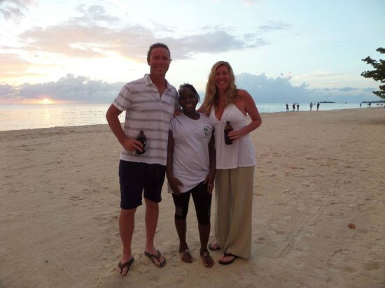 Crystal Waters Villas: Us and Natalie at sunset