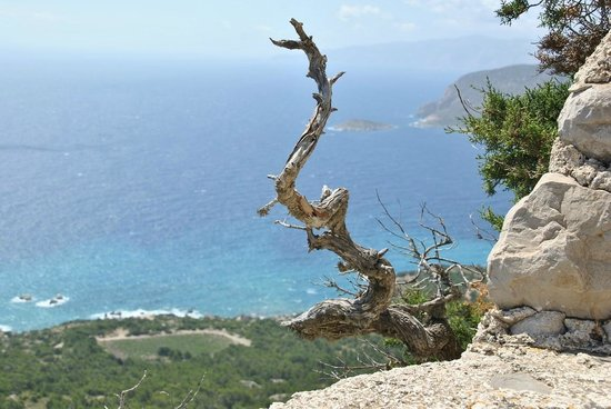 Monolithos Castle: Monolithos (Rhodes)