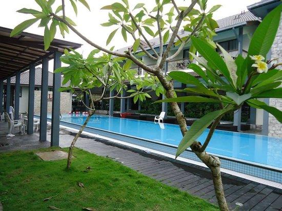 Alia Residence Business Resort: .
