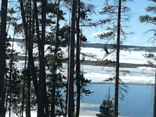 Yellowstone Lake: Lake view