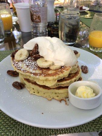 L'Auberge de Sedona : banana candied pecan pancakes w/ chantilly cream