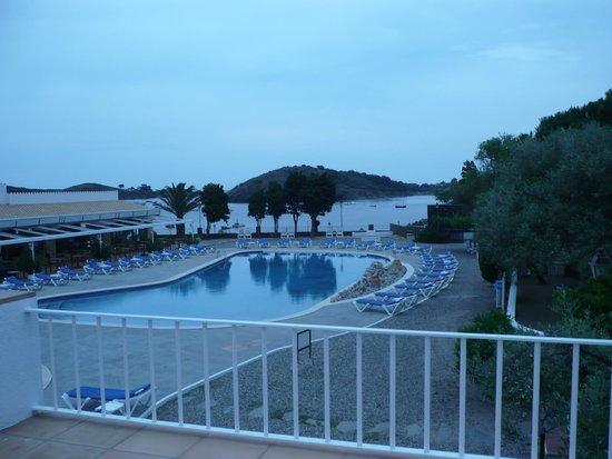 Hotel Calina : Vistas desde la habitacion (piscina)