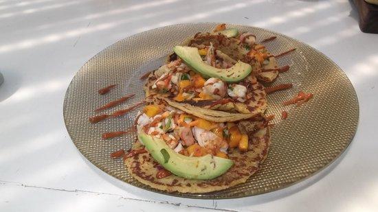 Holbox Hotel Casa las Tortugas - Petit Beach Hotel & Spa : Fish tacos, yum!