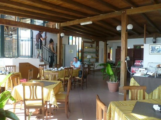 Hotel Baia delle Sirene: Breakfast room
