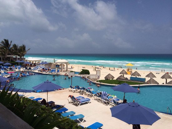 Golden Parnassus All Inclusive Resort & Spa Cancun : Vista do restaurante