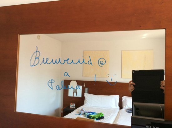 TRYP Palma Bellver Hotel : welcome message in room