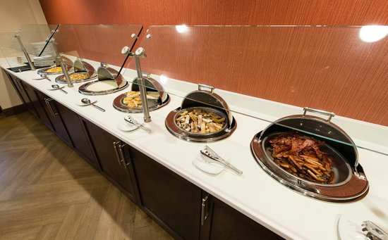 Holiday Inn Wilmington: Breakfast Buffet