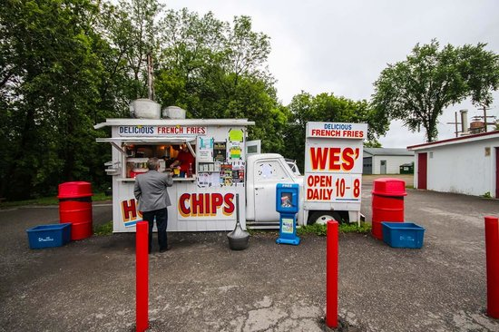 Ontario's Highlands, แคนาดา: Wes' Chips in Arnprior