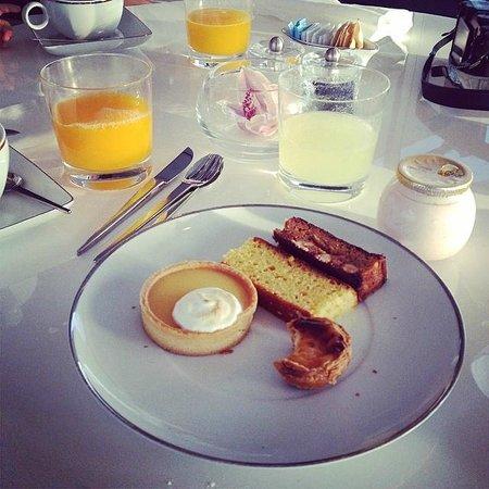 Myriad by SANA Hotels: Petit déjeuner
