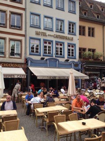 Taverne de la Cathedrale: Outside