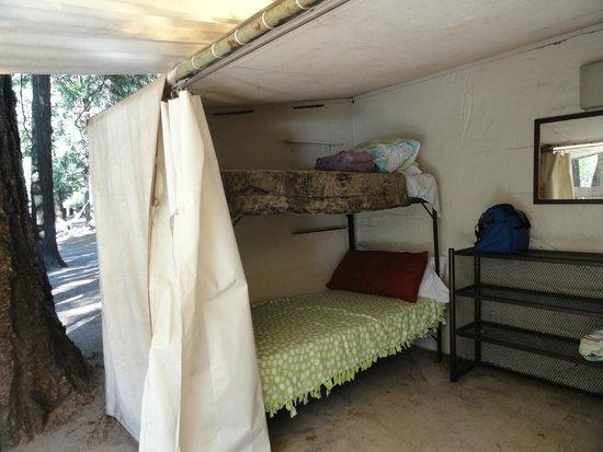 Housekeeping Camp : Room 210