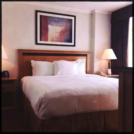 Hilton Vancouver Metrotown: Bedroom