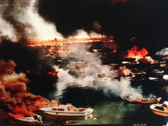 Museum of Croatian War of Independence : Photo of bombing of Dubrovnik
