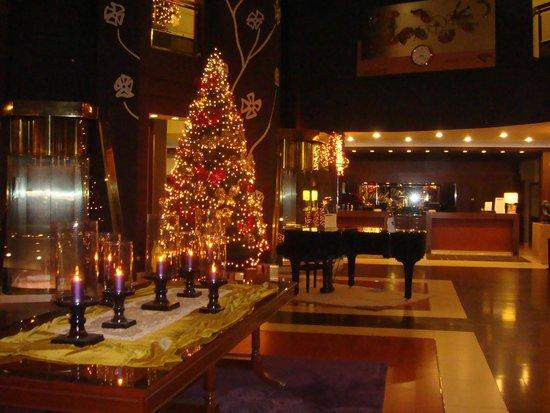 Hotel Plaza: Hall  en navidad