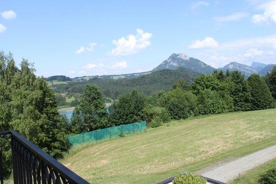 Sheraton Fuschlsee-Salzburg Hotel Jagdhof: Lake Fuschl