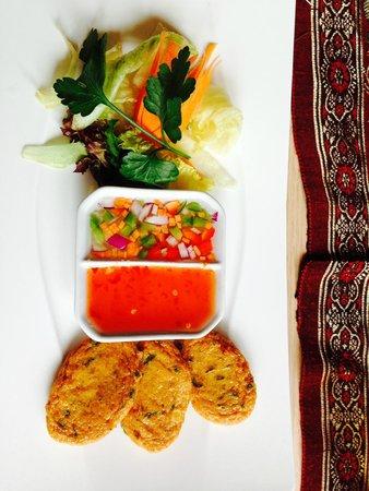U-Thai Restaurant and Bar: Starter - Thai Fish Cakes...