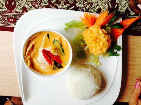 U-Thai Restaurant and Bar: Thai Red Curry...