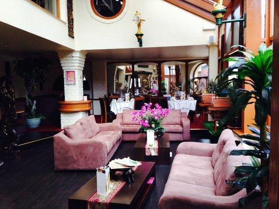 U-Thai Restaurant and Bar: Reception / Waiting Area...