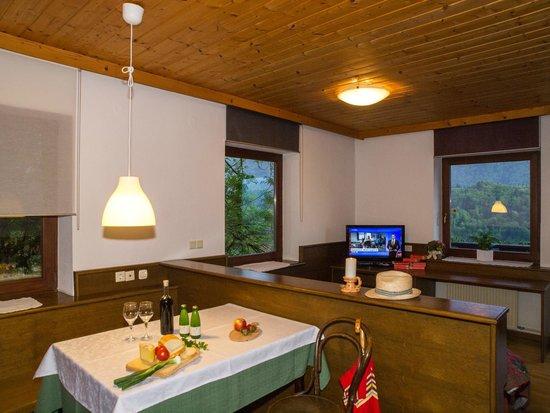 Kunstelj: Two bedroom apartment living room