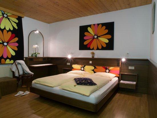 Kunstelj: Two bedroom apartment Master bedroom