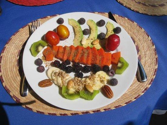 Casa de la Vida: Breakfast fruit plate