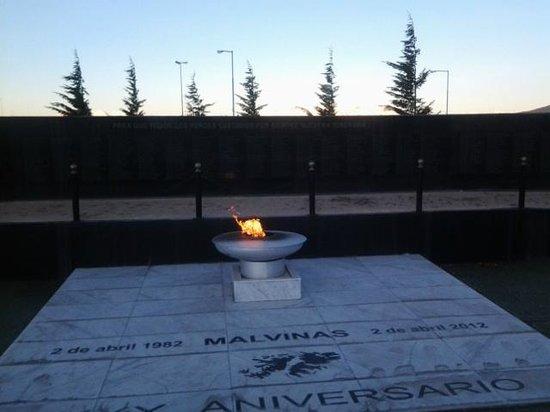 Plaza Malvinas : emotivo lugar