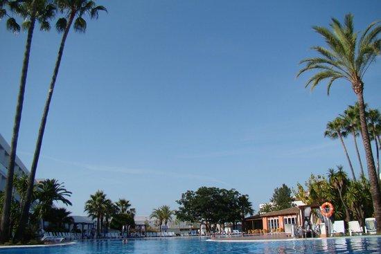 Club Marmara Marbella: la piscine centrale