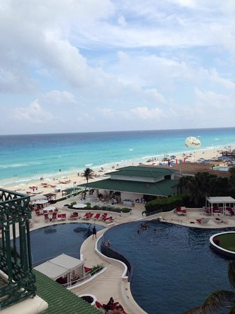 Sandos Cancun Luxury Resort: вид из номера