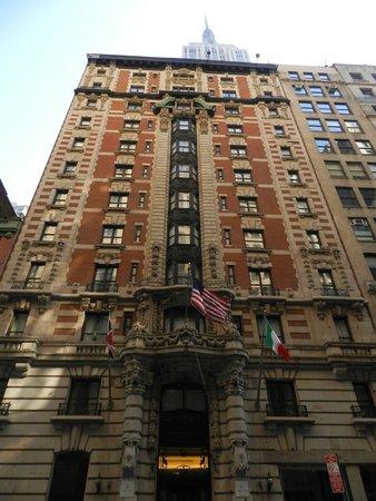 La Quinta Inn & Suites Manhattan: FRENTE DEL  HOTEL