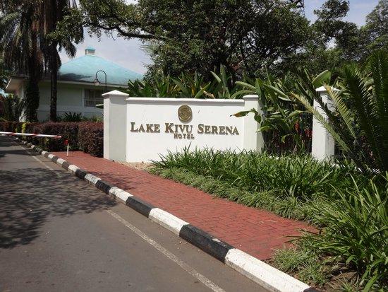 Lake Kivu Serena Hotel: Entrance to Hotel