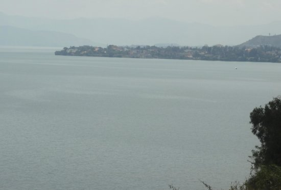 Lake Kivu Serena Hotel: View from Hotel of Lake showing Congo on far side