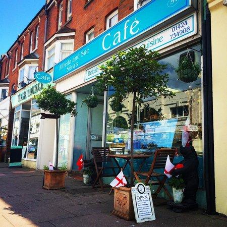 Alfredo & Sue Silva's Cafe