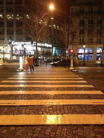 Champs-Élysées : Champs Elysees de noite