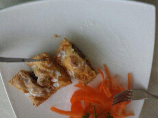Ristorante Pizzeria Valfiore: Fagottini con speck radicchio in fonduta di formaggio
