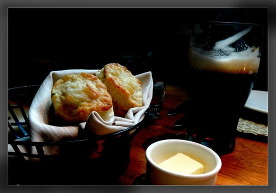 Yew Seafood + Bar: Warm biscuit bread plus room temperature butter