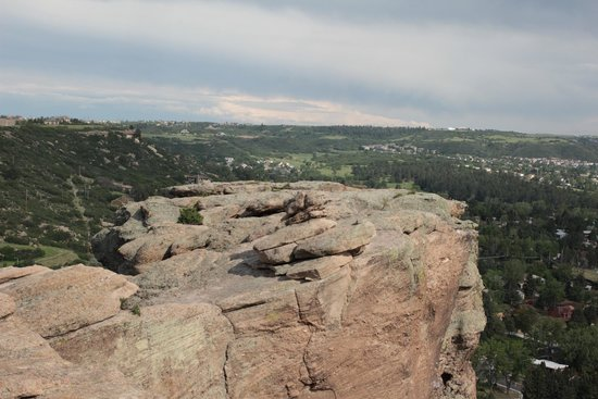 Rock Park : One of the ledges you can climb to