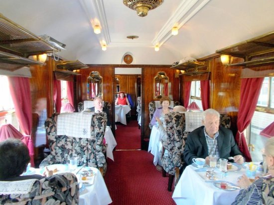 interior of pullman car 39 cygnus 39 picture of belmond british pullman london tripadvisor. Black Bedroom Furniture Sets. Home Design Ideas