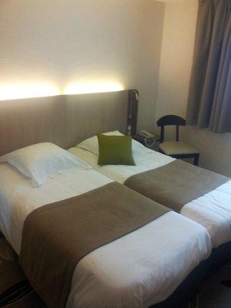 Kyriad Nevers Centre : les lits